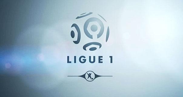 Sifflé hors-jeu, Canal+ tremble — Droits du football