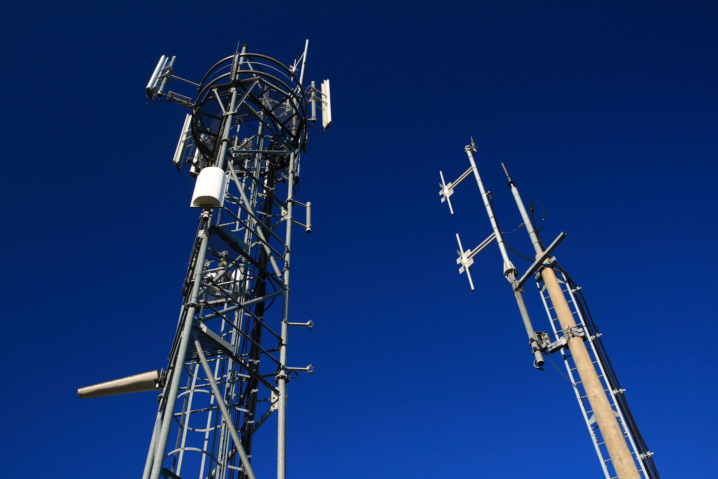L implantation d une antenne relais free refus e dans les for A voir dans les yvelines