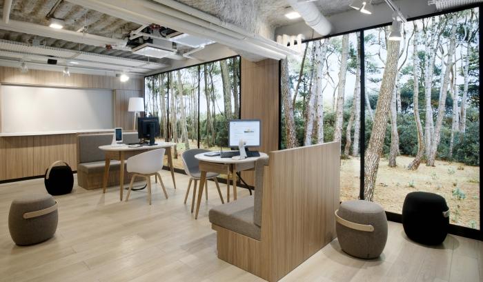 orange ouvre demain une immense boutique de 2000m2 sur 4 niveaux d couvrez l en images. Black Bedroom Furniture Sets. Home Design Ideas