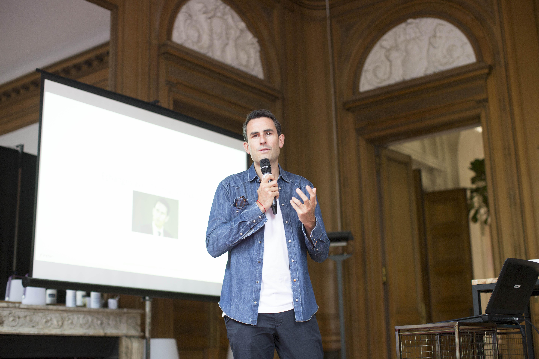 Freebox V7 : Xavier Niel évoque un lancement en septembre