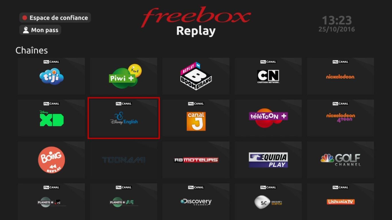 free ajoute le service disney english sans surco t pour les abonn s freebox r volution tv. Black Bedroom Furniture Sets. Home Design Ideas