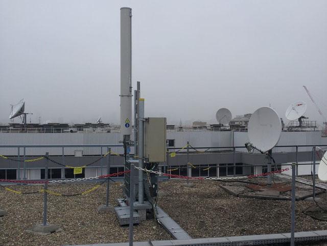 Célèbre Découvrez les installations de Free Mobile sur les toits de Paris  QI85