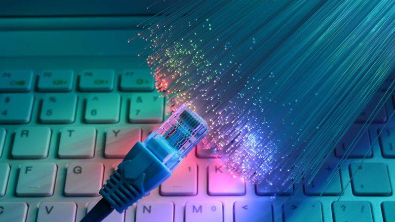 L'Europe veut encourager l'investissement des opérateurs dans la fibre optique