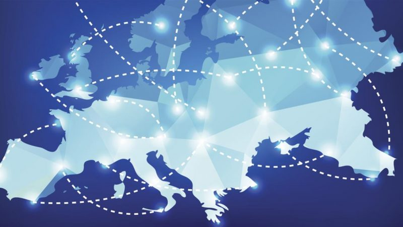 La fin des frais d'itinérance avance, mais les opérateurs pourront contrôler les abus et parfois plafonner le volume des données