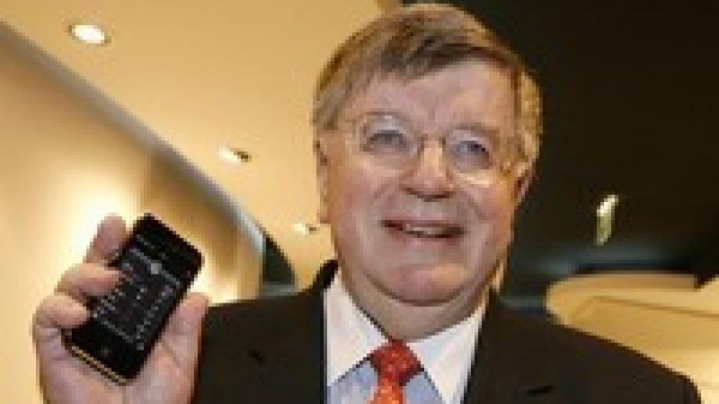 """L'offre mobile en France est """"l'une des moins chères d'Europe"""" d'après Didier Lombard"""