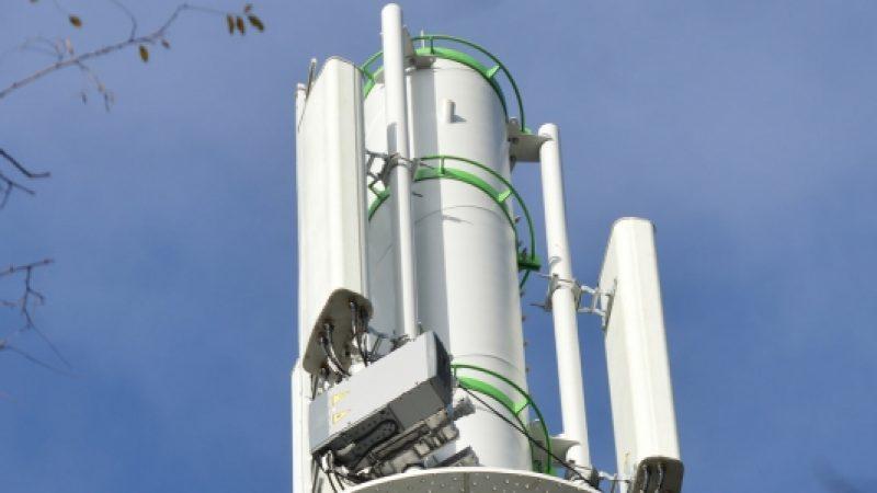 Nouveau différend pour l'implantation d'une antenne relais Free à Saint-Sauveur, dans l'Isère