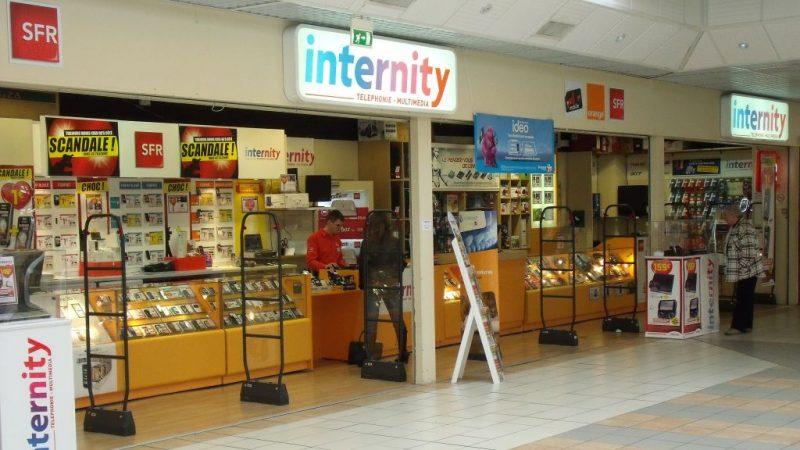De plus en plus de boutiques de télécom ferment partout en France