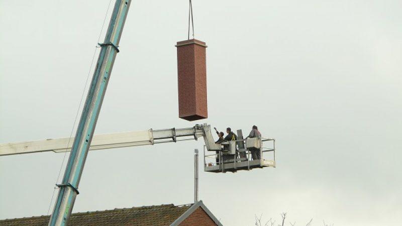 Une antenne-cheminée Free Mobile posée à Saint-Etienne du Rouvray