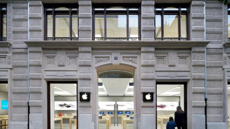 Évacuation d'un deuxième Apple Store à cause de l'explosion d'une batterie