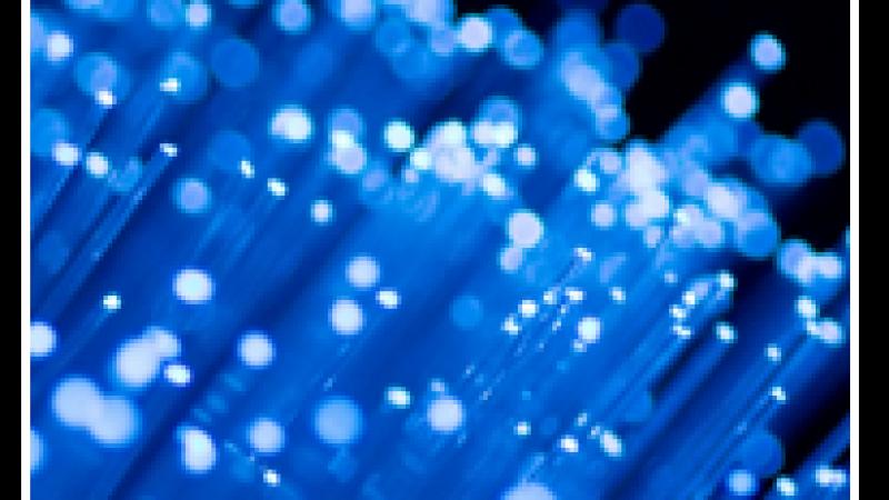 Xavier Niel investit dans Sipartech, start-up spécialisée dans la fibre optique noire