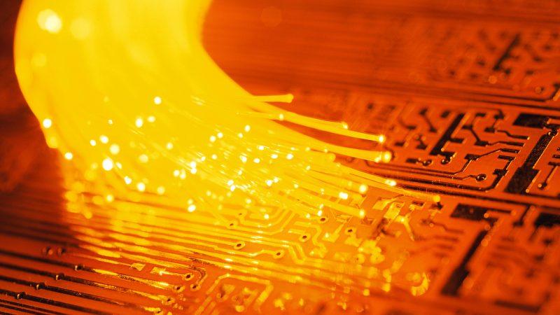 La Firip s'inquiète de la taxation de la fibre, Orange lance une pique à l'Etat