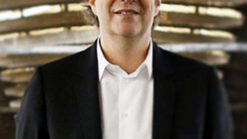 "Xavier Niel, un ""fleuron de la French Tech"""