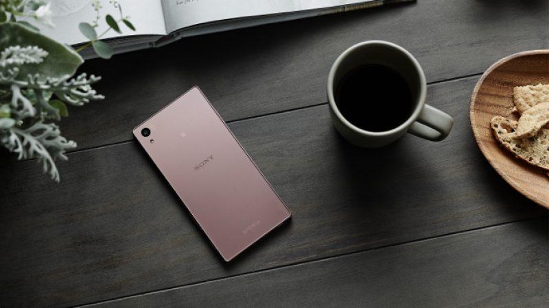 Le Sony Xperia Z5 s'habille d'un rose chatoyant.
