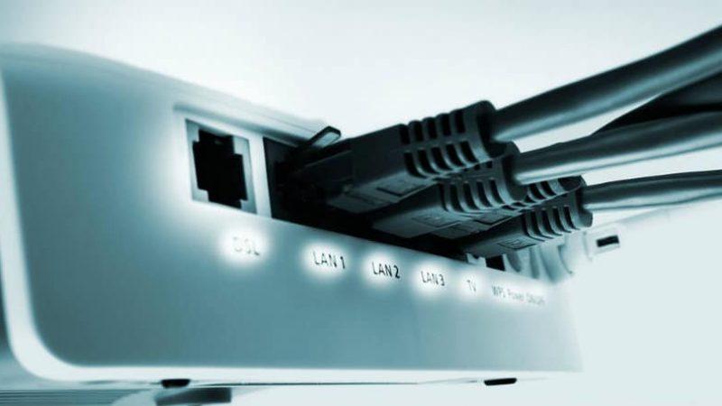 Comparatif du débit moyen en ADSL : SFR prend la 1ère place de Free en download, mais de peu