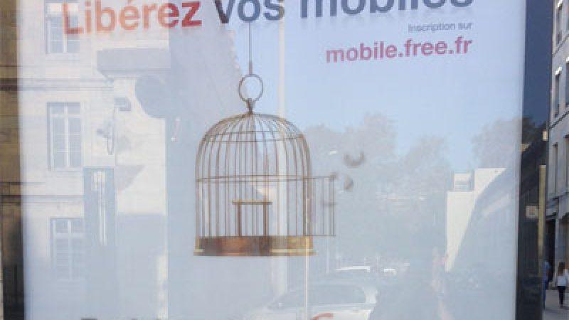 Nouvelles affiches Free Mobile : ouvrez la cage aux pigeons
