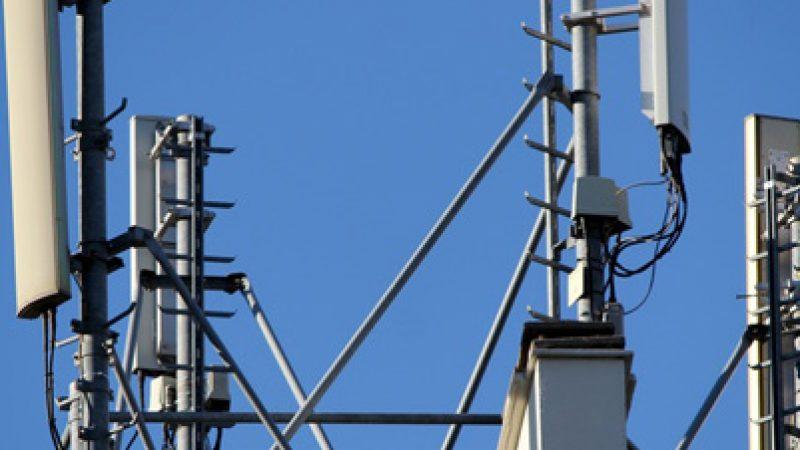 Antenne Free Mobile : le porte-parole national des Robins des Toits vole au secours des rouennais