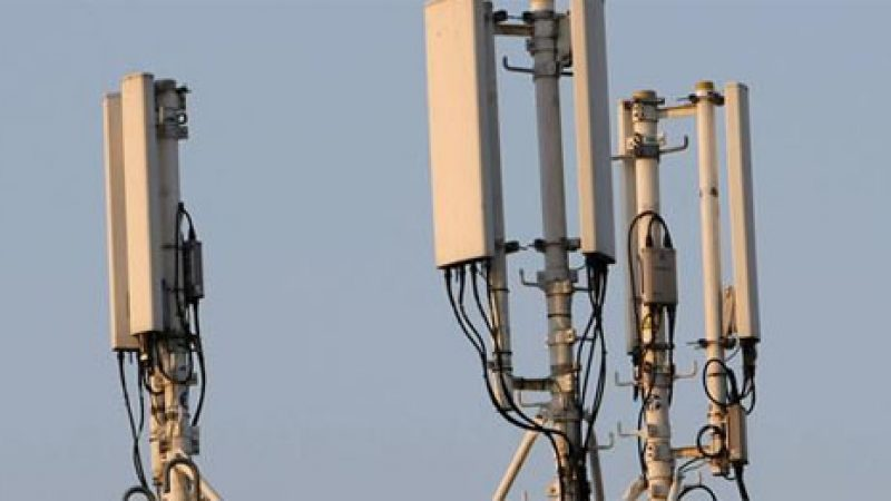 Jean-Ludovic Silicani annonce que Free respectera son objectif de couverture 3G de 75% à la mi janvier