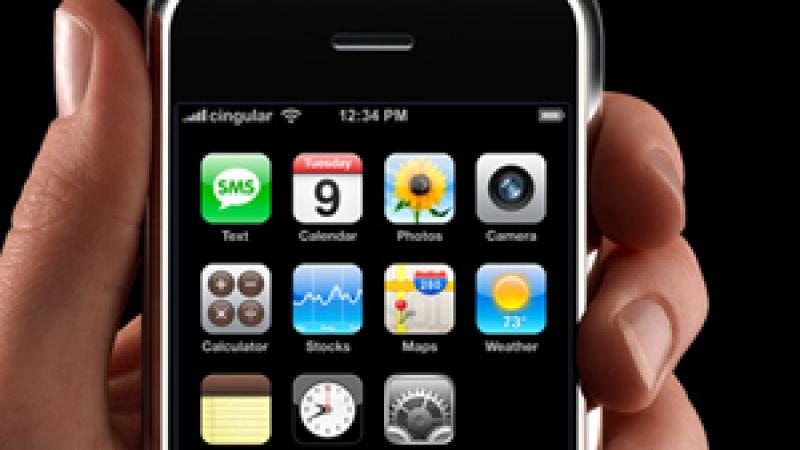 Free Mobile a démarré « il y a un petit moment » les négociations avec Apple pour proposer l'IPhone