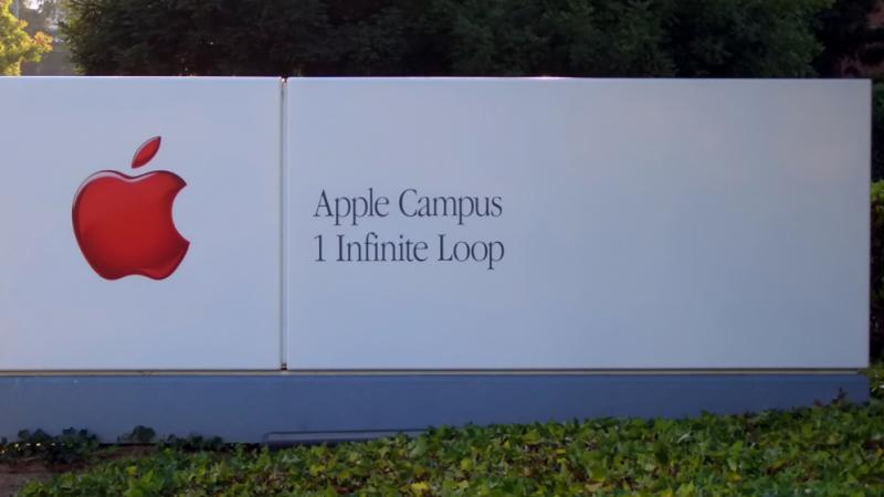 Apple travaillerait sur des interactions sans contact et un écran incurvé pour ses futurs iPhone
