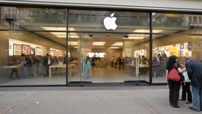 iPhone : une batterie surchauffe dans un Apple Store et fait des blessés