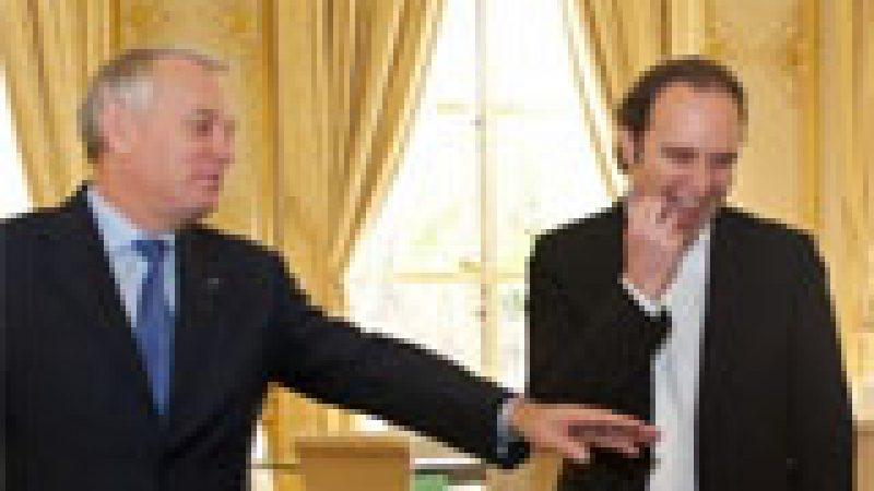 Découvrez la rencontre entre Xavier Niel et Jean Marc Ayrault à Matignon