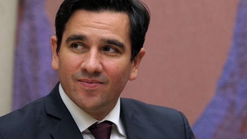 Le président de l'ARCEP affirme que l'autorité fera la chasse aux « deals entre opérateurs et géants du net »