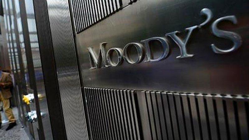 L'agence de notation Moody's prévoit une trêve dans la guerre des prix entre Free, Bouygues Télécom, Orange et SFR en 2016