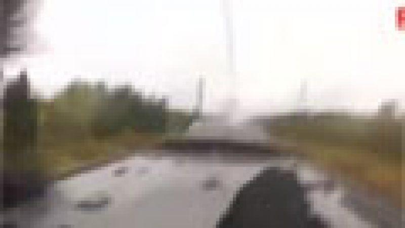 Zapping : Des jeunes russes sur le toit d'un train à 220km/h…
