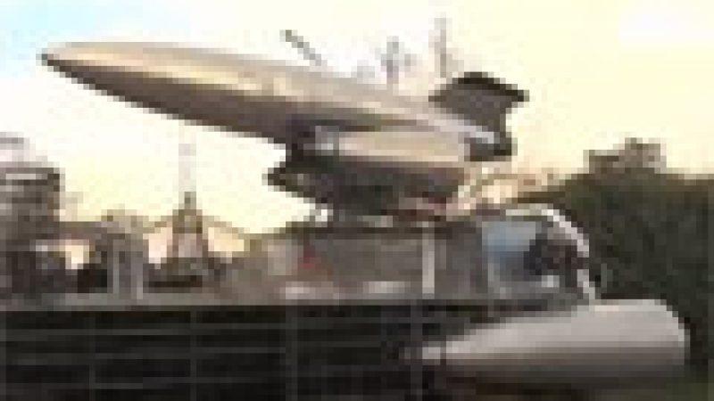 Zapping : Une camionnette Peugeot transformée en vaisseau pour échapper à la fin du monde…