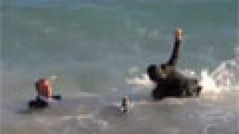 Zapping : PEF se jette à l'eau avec Kev Adams…