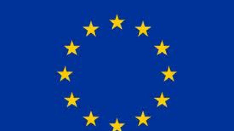 Commission Européenne : le coût du roaming baissera en juillet 2013 et 2014 avant d'être supprimé