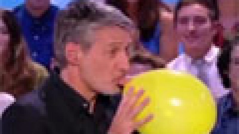 Zapping :  L'hélium s'invite sur le plateau de Grand journal…