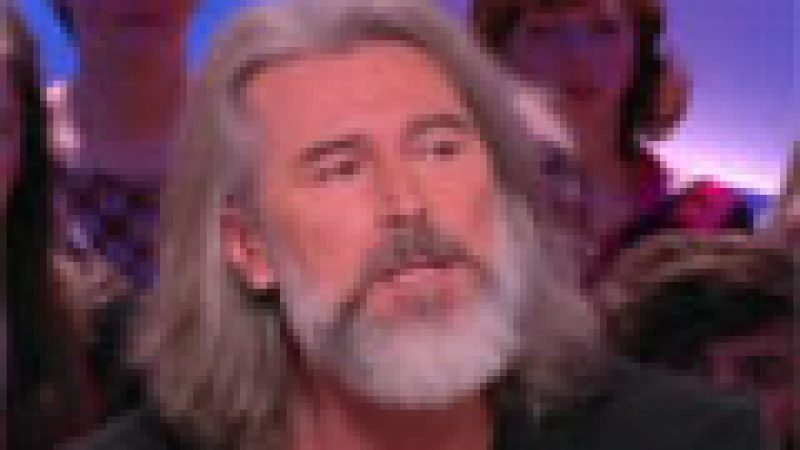 Zapping : Tension sur le plateau du Grand journal…