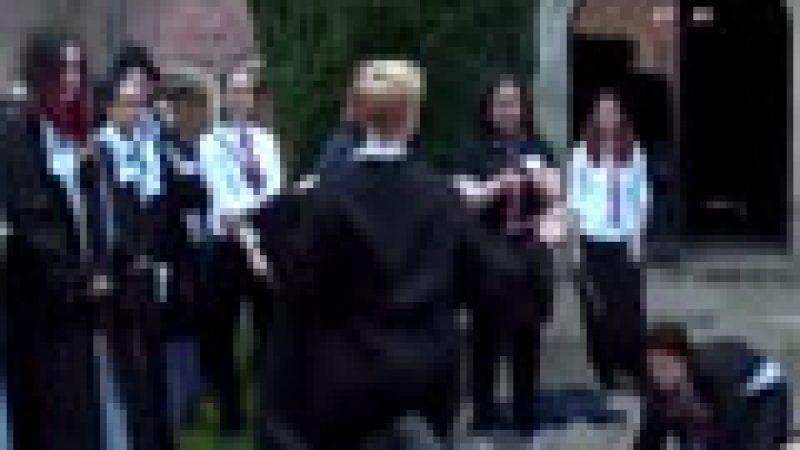 Zapping : une école de sorciers en Grande-Bretagne, etc.