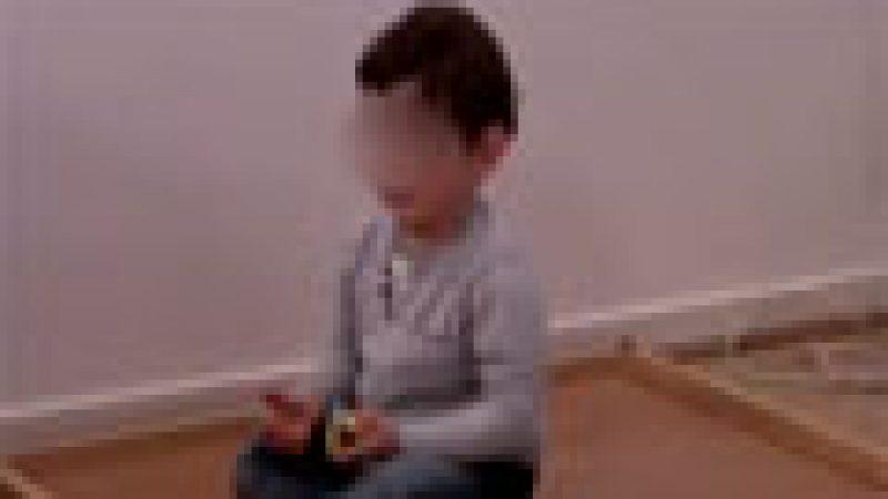 Zapping : le écrans entraînent des troubles graves chez certains enfants, etc.