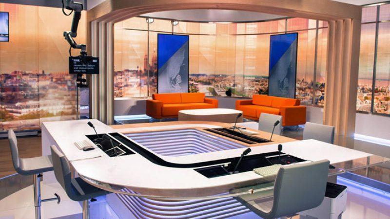 LCI change de studio, de présentateurs et de programmes pour sa rentrée sur le canal 26 de la Freebox
