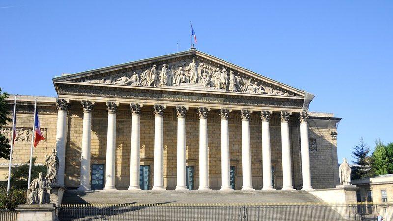L'assemblée nationale adopte un amendement pour la création d'un OS français