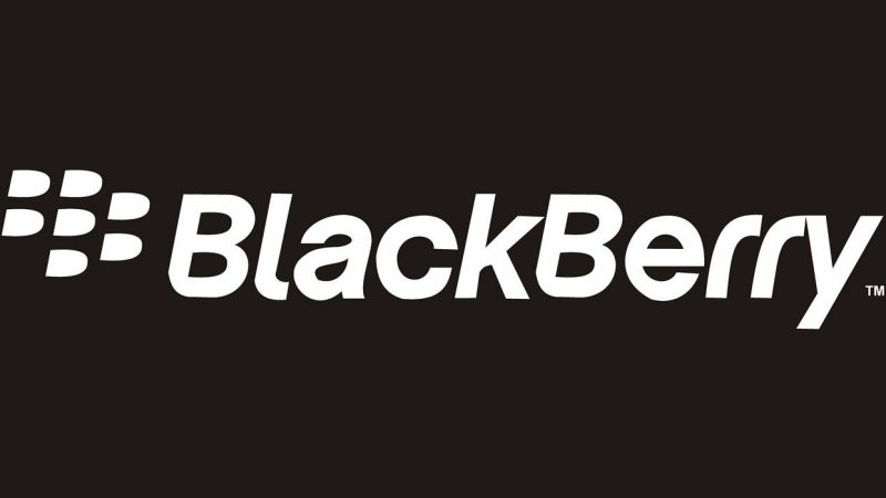Blackberry attaque Facebook, WhatsApp et Instagram