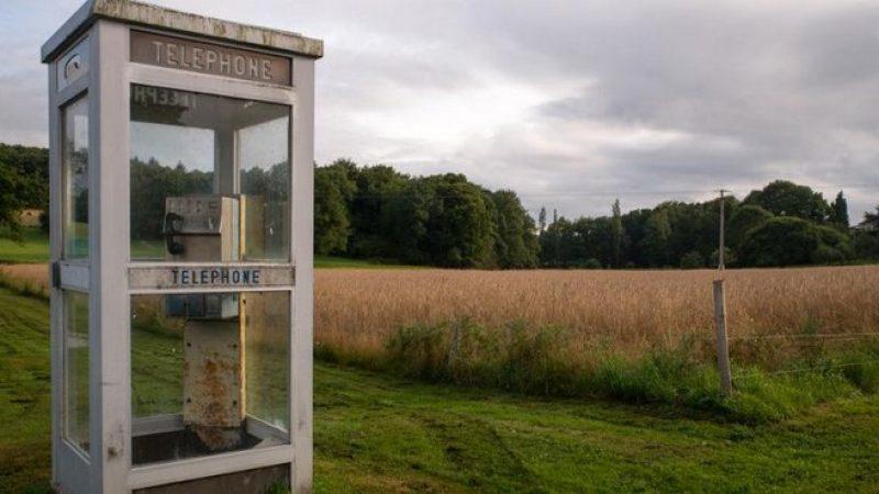 Les cabines téléphoniques font de la résistance en France