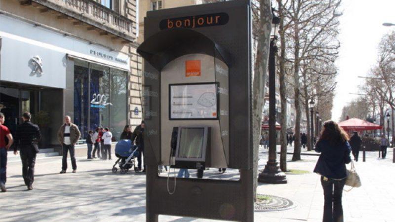 Orange lance ses cabines téléphoniques multimédias