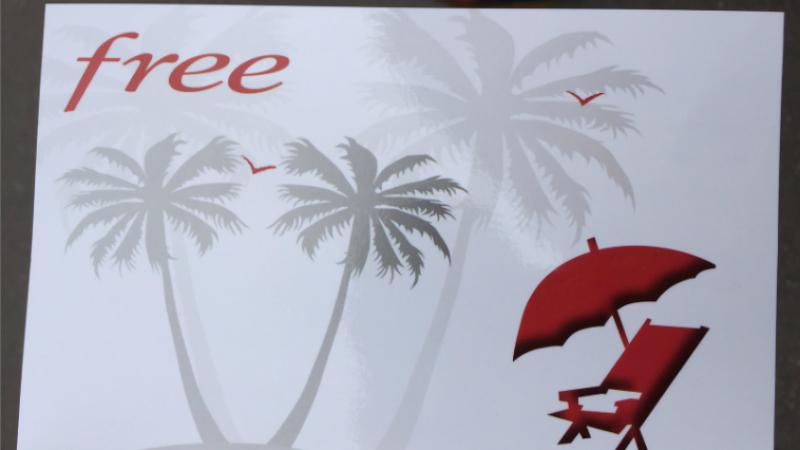 Quand Free Mobile envoie de vraies cartes postales pour souhaiter de bonnes vacances d'été à ses abonnés