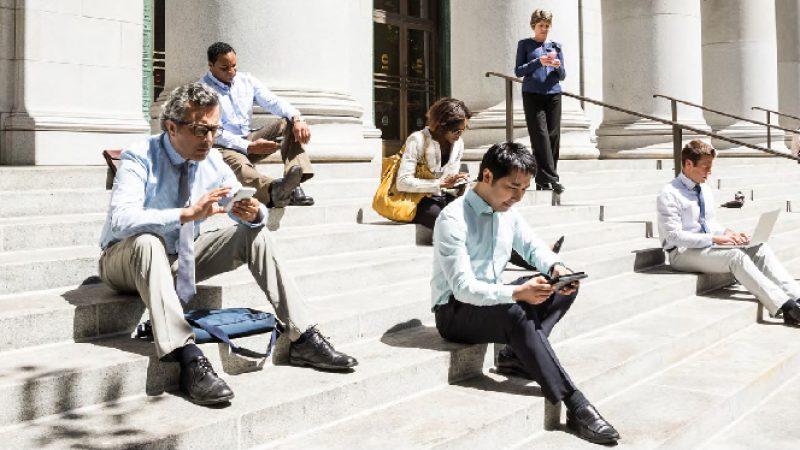 Le trafic mondial de données mobiles devrait être multiplié par sept à l'horizon 2021