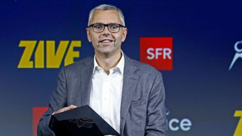 SFR annonce un déploiement record en décembre et vouloir « devenir le leader de la 4G et de la fibre en France »