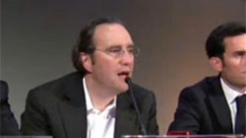 Free Mobile : Xavier Niel met en garde le gouvernement et promet la création de milliers d'emplois