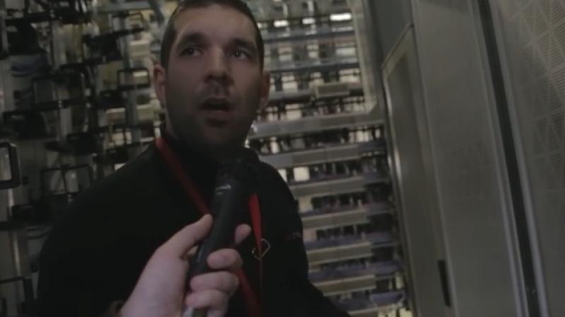 Dans les coulisses de Free :  Entrez dans un NRA avec un technicien Free, découvrez les équipements de Free et comment détecter un incident