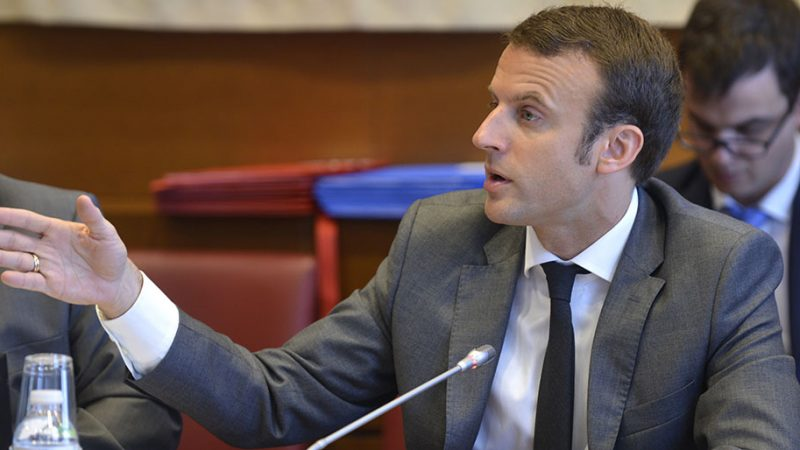 Macron souhaite que l'Etat revende une partie de sa participation dans Orange, quand ce dernier aura fibré le territoire