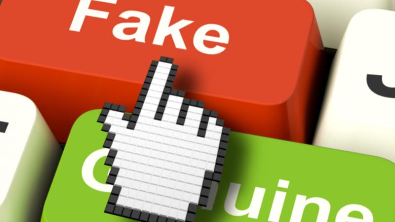 Facebook va interdire aux pages relayant des fakes news de gagner de l'audience avec la publicité