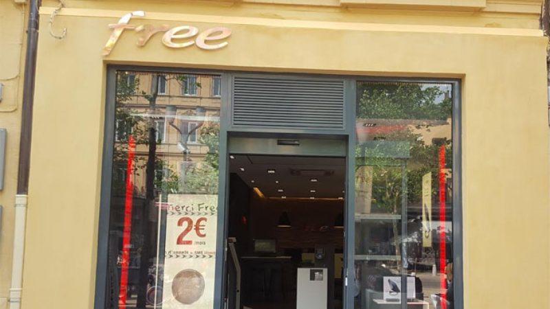 Découvrez le nouveau Free Center d'Aix en Provence à la façade jaune