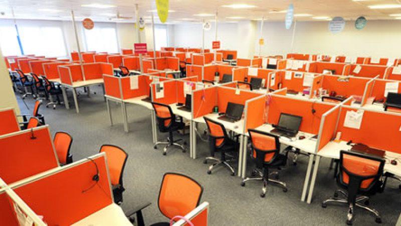 Orange a décidé de réduire ses effectifs dans les centres d'appels