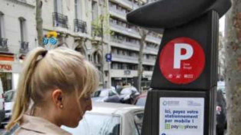 Lancement du paiement du stationnement par mobile à Paris